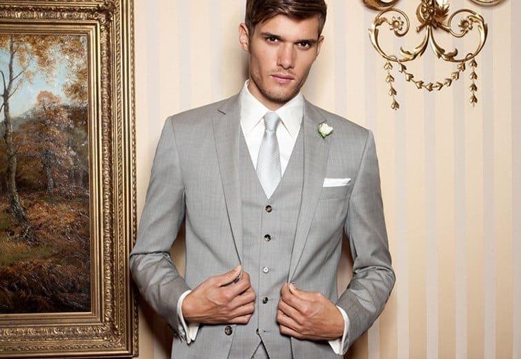 Im hellen Anzug zur Hochzeit