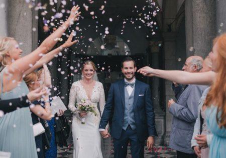 Blauer Hochzeitsanzug mit heller Seidenweste