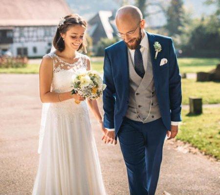 Hochzeitsanzug mit zweireihiger Weste