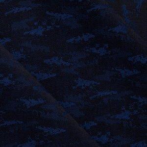 Eveningwear: Elegant Camouflage in Blau
