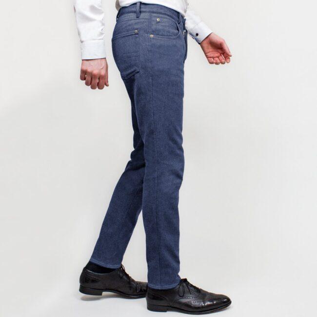Jeans nach Maß aus dunklem Denim