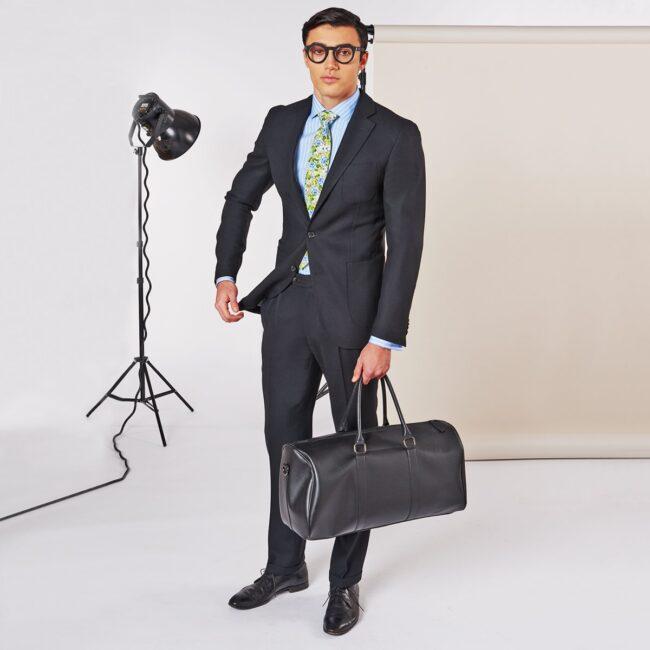 A Schwarz full - Schwarzer Anzug mit leichtem Smart Casual Sakko und Bundfaltenhose